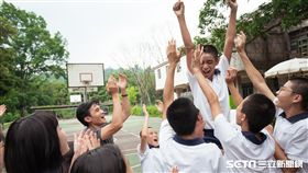 電影《老師你會不會回來》南投首映是元介、夏于喬/牽猴子提供
