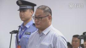 遭關押176天 李明哲出庭現身