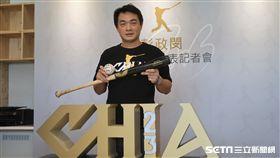 彭政閔成立運動發展協會和公布個人形象Logo。(圖/記者王怡翔攝)