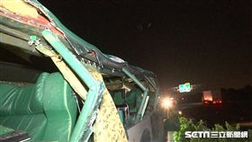 國道一號北上348公里岡山交流道阿羅哈客運車禍