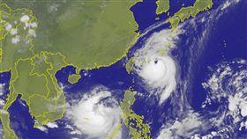 泰利颱風中心出現愛心。(圖/翻攝自中央氣象局)