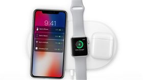 Apple iPhoneX 手機無線充電(圖/蘋果官網)