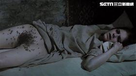 《刑弒厲》飾演中邪修女的女星下體噴蟲,激似真實事件本尊嚇壞眾人!(圖/威視提供)