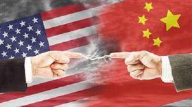 美國、中國大陸、國旗、中美大戰/達志影像/美聯社