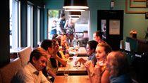 情侶,交往,缺席,家庭聚會,忌日,嗆聲,靠北男友,男友,女友,吃飯 圖/翻攝自pixabay https://goo.gl/2zXJWS