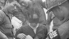 越戰中對越南女性施虐的韓國士兵(圖/翻攝自2CH)