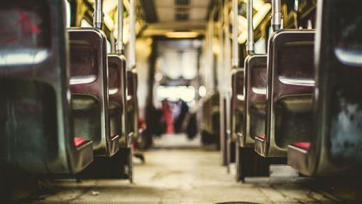 16:9公車圖/翻攝自pixabayhttps://pixabay.com/photo-731317/