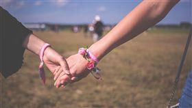 LGBT,女同性戀,閨密,姊妹,好朋友(圖/pixabay)