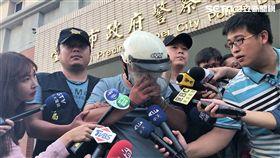 台北市瑞興銀行士林分行宣告偵破,警方訊後將嫌犯林修平依強盜罪移送法辦(楊忠翰攝)