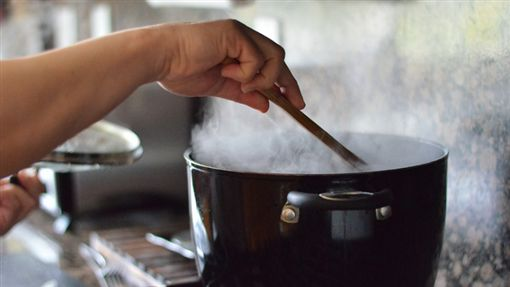 煮飯、開伙/flickr/Nicole Abalde/https://flic.kr/p/bXshJQ
