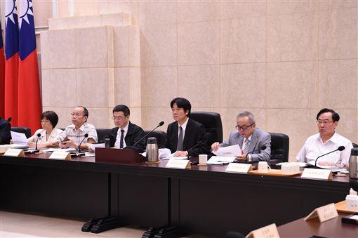 行政院長賴清德,加速投資台灣專案會議。(行政院提供)
