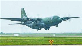 南韓C-130運輸機。(圖/翻攝韓聯社)