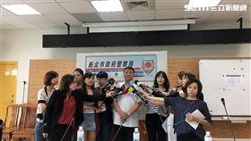 台灣大學濺血案後,警方大動作掃黑,一舉擒獲90名不法份子,其中包括今天新店分局逮捕的竹聯幫戰堂吳姓主嫌(翻攝畫面)