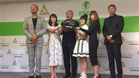 ▲田徑協會與日本富士山「水素珪素天然水」簽贊助約。(圖/記者林辰彥攝影)