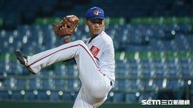 中華隊投手吳俊杰 圖/記者林敬旻攝