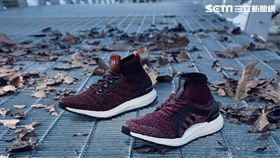 adidas,跑鞋。
