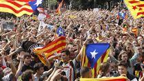 西班牙,自治區,集會,抗議,公投,施暴,暴力 (圖/美聯社/達志影像)
