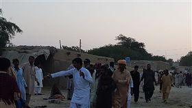 巴基斯坦,自殺攻擊,恐攻,炸彈,自爆,神廟 圖/翻攝自CBC