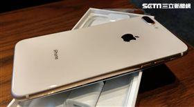 葉立斌攝 iPhone 8 plus 膨脹 充電 爆炸 新莊區