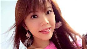 國慶日時,劉樂妍發文是106年冥誕。(翻攝自劉樂妍臉書)