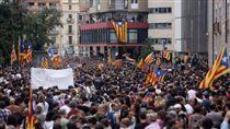 加泰隆尼亞,獨立建國,西班牙(圖/翻攝自CATALONIA IS NOT SPAIN臉書)https://www.facebook.com/cataloniaisnotspain/