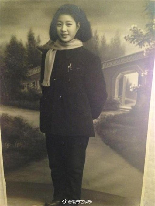 ▲范冰冰的奶奶是位古典美人。(圖/翻攝自微博)