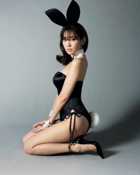 小嶋陽菜,兔女郎,雜誌,模特兒,IG,性感,日本女星,AKB48(圖/翻攝自小嶋陽菜IG)