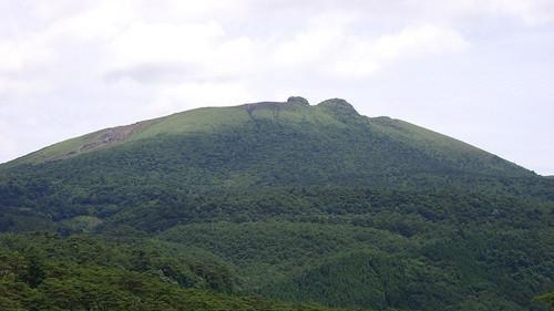 日本西南部的新燃岳火山。(圖/翻攝維基百科)