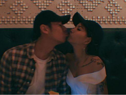 陳艾琳,琳琳,Alex,顏庭笙,親吻,接吻/陳艾琳IG