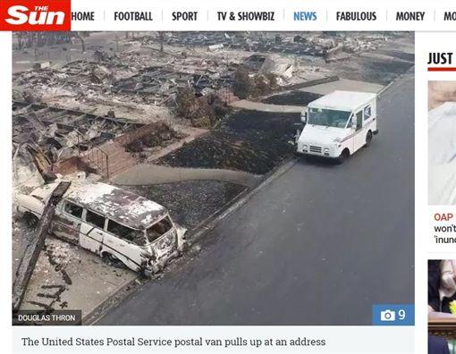 美國,加州,森林大火,郵差(圖/翻攝自太陽報)https://www.thesun.co.uk/news/4670660/california-wildfires-fail-to-stop-worlds-most-dedicated-postman-as-he-continues-to-deliver-parcels-in-his-destroyed-neighbourhood/