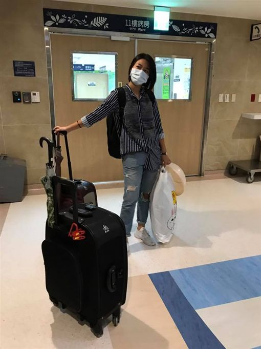 ▲小蓁返家休養一週。(圖/翻攝自楊月娥臉書)