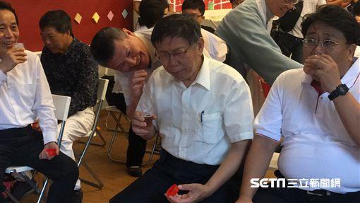 柯文哲大稻埕變裝採街 /副市長林欽榮、陳景峻 盧冠妃攝