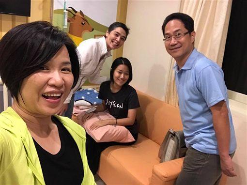 楊月娥,小蓁,女兒,血癌,賴佩霞(圖/翻攝自楊月娥臉書)