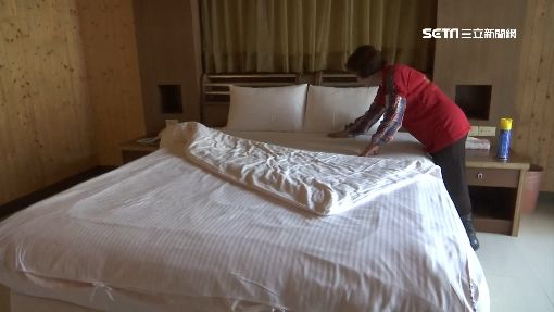 -打掃-鋪床-床鋪-