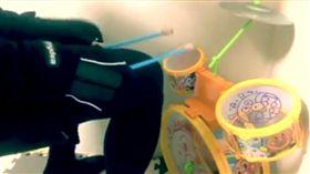兒童,打鼓,爵士鼓,音樂,演奏,麵包超人 (圖/翻攝自臉書)