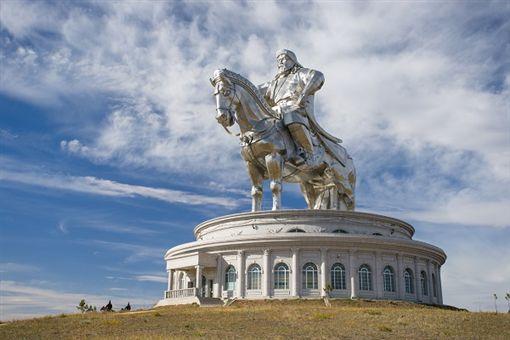 春節新去處!蒙古國騎馬、騎駱駝、狗拉雪橇玩法大不同 圖誠望旅遊提供