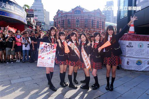 AKB48台灣研究生 林倢 張羽翎 陳詩雅 陳詩媛 邱品涵 國興瑀 圖/TPE48 Entertainment提供