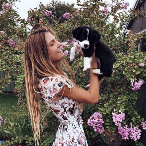 澳洲正妹(Sjana Earp) https://www.instagram.com/sjanaelise/?hl=zh-tw ID-1098339