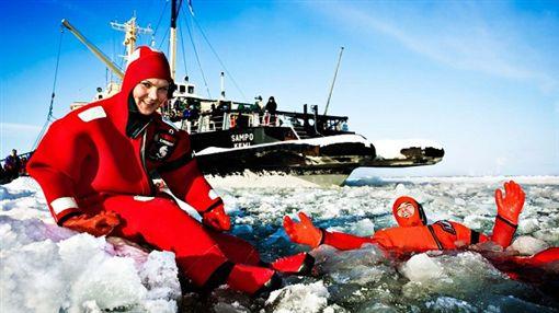 北歐冰屋村賞極光 破冰船越野滑雪樂無窮 世邦旅遊提供