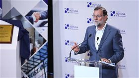 西班牙總理拉荷義(Mariano Rajoy) https://www.facebook.com/54212446406/photos/a.397338611406.192123.54212446406/10155580564996407/?type=3&theater