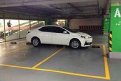 停車,停車位,三寶,爆怨公社 圖/翻攝自臉書
