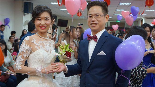 新竹聯合集團結婚 縣長女兒也甜嫁人