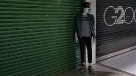 嘉義,服飾店,model,警衛,邊緣 圖/翻攝自臉書綠豆嘉義人