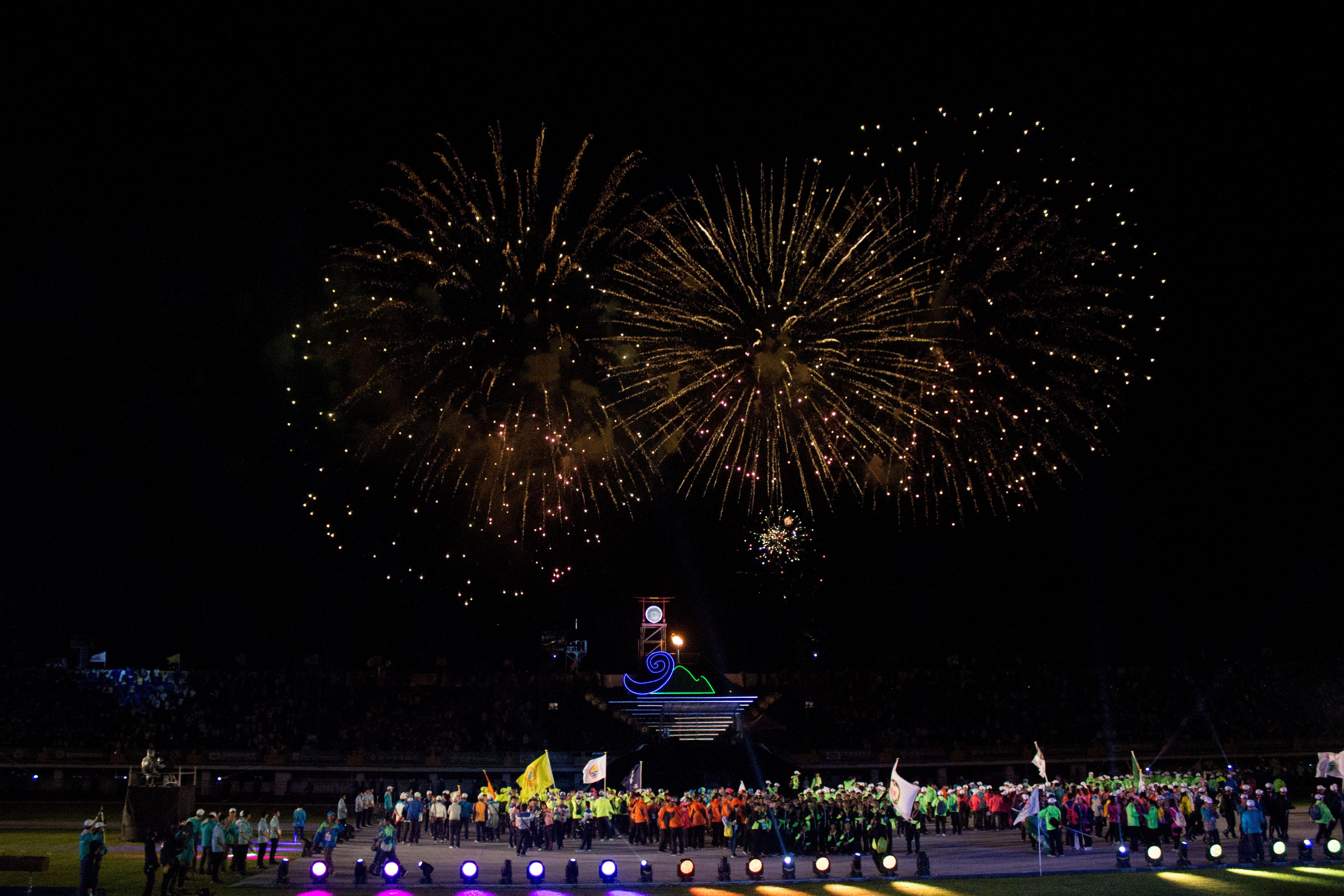 ▲106年全國運動會開幕典禮,煙火秀。(圖/記者蔡宜瑾攝影)