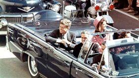 甘迺迪遇刺前的照片(圖/翻攝自維基百科)