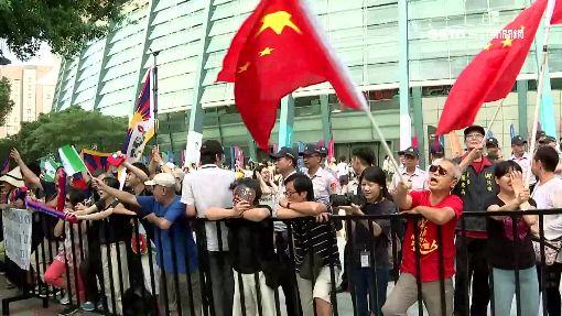 網友提案禁掛五星旗 連署達標政府需回應