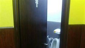 廁所,性別,男人,女人,標誌 圖/翻攝自臉書爆廢公社