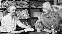 愛因斯坦,Albert Einstein(推特)