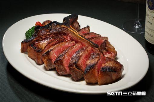 Fresh & Aged美福乾式熟成牛排館,乾式熟成,牛排。(圖/Fresh & Aged美福乾式熟成牛排館提供)
