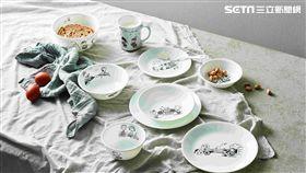 百年品牌康寧餐具首次以「CORELLE」品牌結合卡通授權肖像推出-經典黑白史努比「SNOOPY」花色餐具